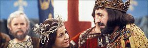 Leonard Rossiter as King John