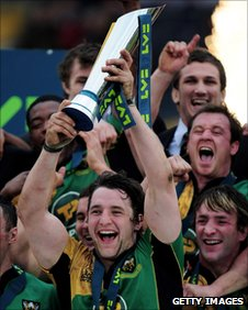 Phil Dowson with LV= Cup