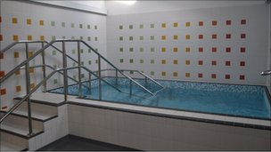 The hydrotherapy pool at the new EACH hospice