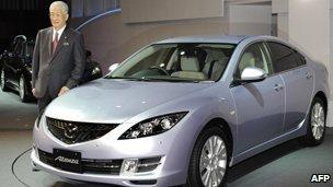 Mazda President Hisakazu Imaki with the Mazda6, called the Atenza in Japan - 29 January 2008