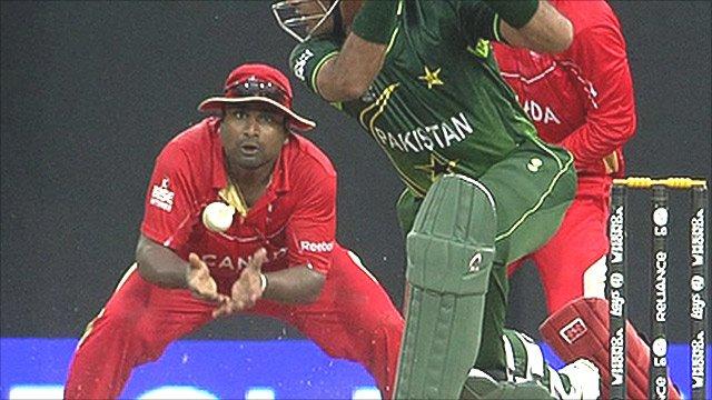 Balaji Rao catches Wahab Riaz