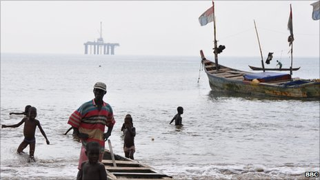 Takoradi fisherman and oil platform