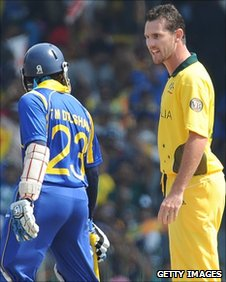 Shaun Tait (right) confronts Tillakaratne Dilshan