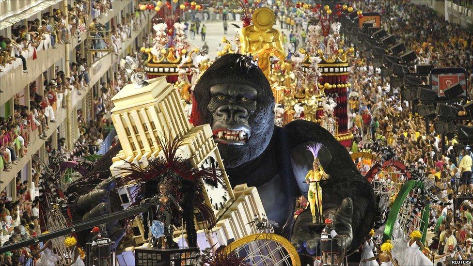 BBC News - In pictures: Rio de Janeiro Carnival