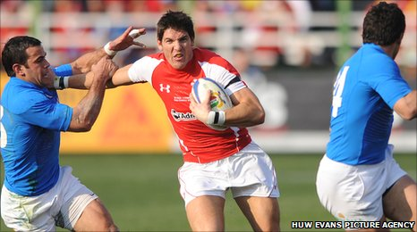 James Hook will return to fly-half for Wales against Ireland