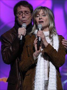 Cliff Richard and Olivia Newton John in 2004