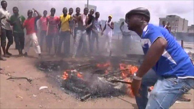 Road block in Abidjan