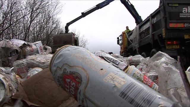 Cans of Stella on M74