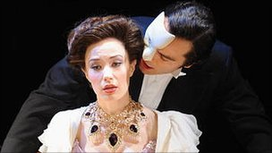 Ramin Karimloo and Sierra Boggess in Love Never Dies