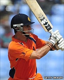 Netherlands' Ryan ten Doeschate