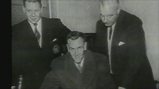 Don Revie becomes Leeds United manager