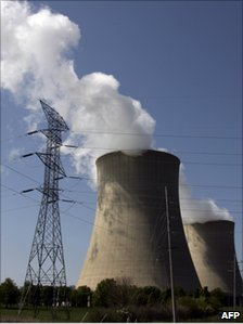 Cooling towers at the Exelon Nuclear station in Illinois
