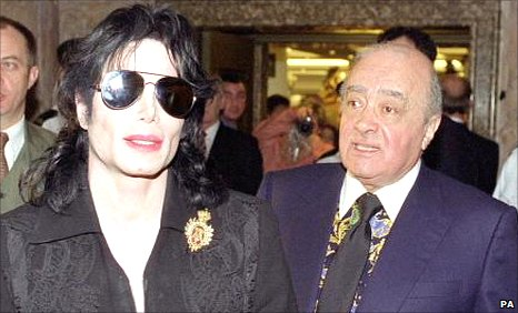 Michael Jackson (left) and Mohamed Al Fayed (right)