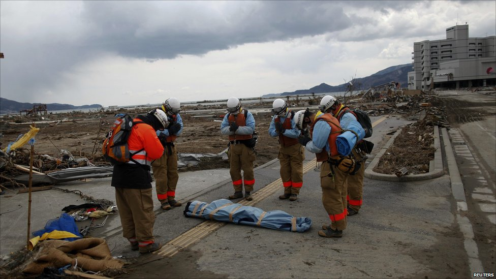 what was the death toll for the japan tsunami