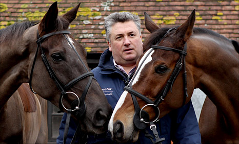 trainer Paul Nicholls with Kauto Star and Denman