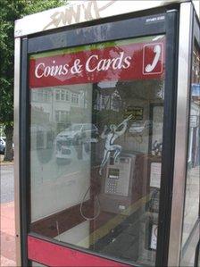 Phone kiosk