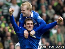 Steven Naismith and Nikica Jelavic
