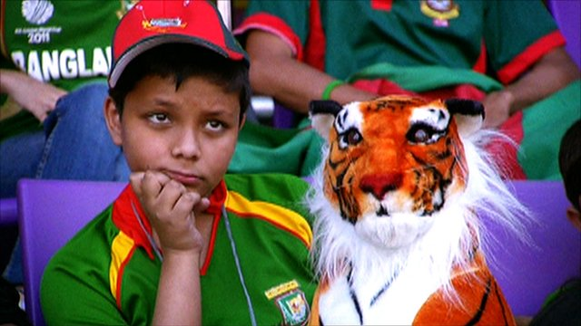 Bangladesh fan & cuddly tiger