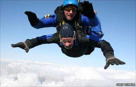 John Hitchmough and sky-diving instructor