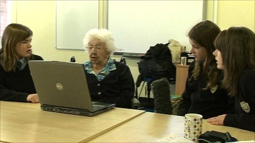 100-year-old Louise Smith works with the pupils from St Anne's Catholic School