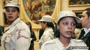 Gaddafi&#039;s female bodyguards - photo 2007