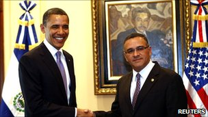 Presidents Obama and Funes.