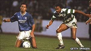 Paul Elliott (right) in action for Celtic v Rangers in 1990/91 season