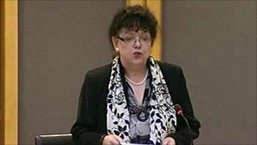 Lorraine Barrett AM