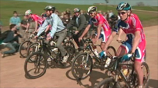 Lord Coe and Team GB mountain bikers