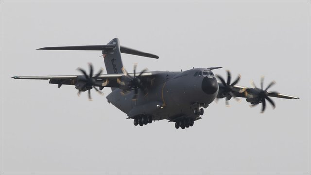 A400M flying into Filton