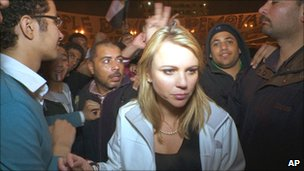 Lara Logan in Tahrir Square before she was attacked