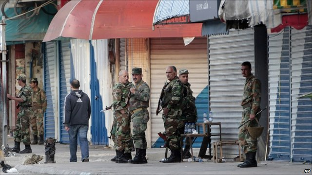 Syrian soldiers in the centre of Latakia (27 March 2011)