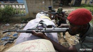 Pro-Ouattara fighters in Abidjan (file photo)