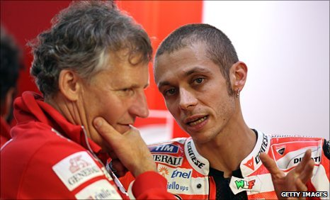 Ducati mechanic Jeremy Burgess and Valentino Rossi