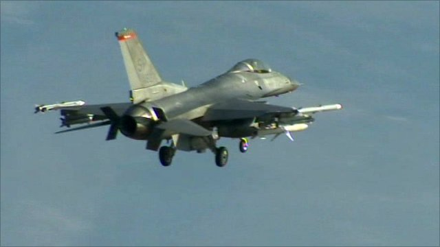 US jet returning from Libya