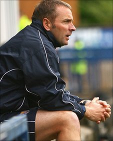 Former Stockport County boss Paul Simpson