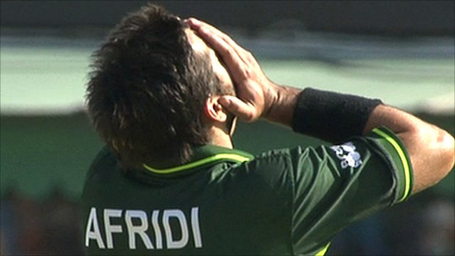 Pakistan captain Shahid Afridi has three chances dropped against Sachin Tendulkar