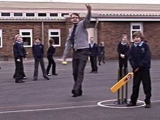 Pupils from Perrywood Primary play cricket
