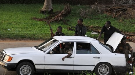 Millitamen loyal to Alassane Ouattara in Abidjan, 1 April