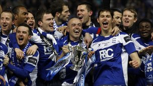Birmingham City players celebrate after winning the 2011 Carling Cup