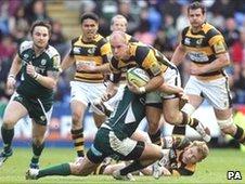 Mark van Gisbergen is tackled by London Irish's Daniel Bowden