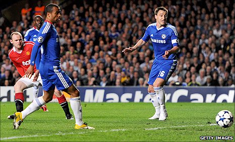 Manchester United striker Wayne Rooney (left) puts his side ahead at Chelsea