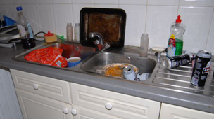 Neglect couple&#039;s kitchen