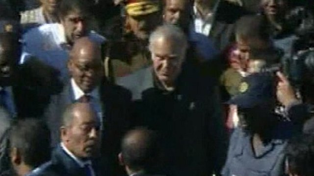 Jacob Zuma being greeted by crowds in Libya