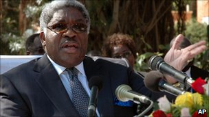 Levy Mwanawasa in 2005