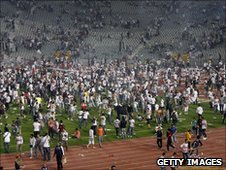 Fans storm the pitch at game between Egypt's Zamalek and Tunisia's Club Africain