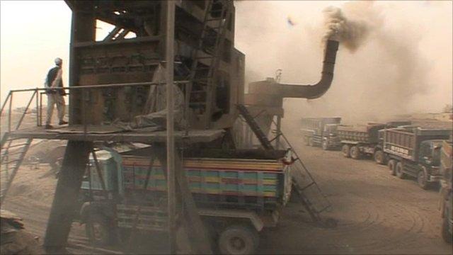 Asphalt boiling machinery