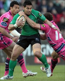Connacht's Niva Ta'auso is tackled by Jamie Roberts at the Showgrounds