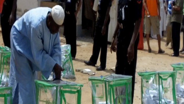 Voters casting their vote in Abuja, Nigeria
