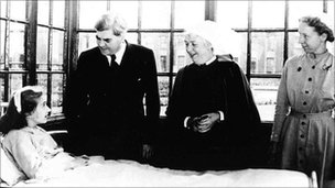 Health minister Aneurin Bevan talks to the first NHS patient in 1948 [photo courtesy of Trafford Healthcare NHS Trust]